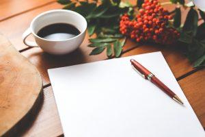 コーヒーとペンと紙